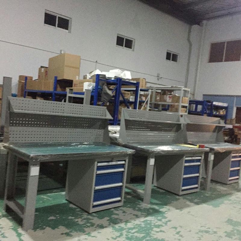 齿轮精加工行业钳工桌