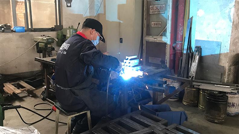 打造绿色工厂,是工具柜厂家天金冈18年的追求