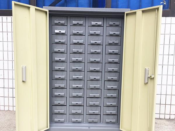 你知道零件柜的使用注意事项吗?