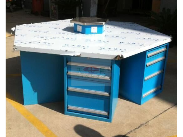 六角钳工桌