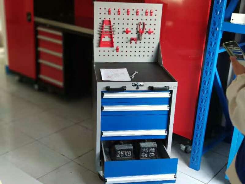 车间铁皮工具柜