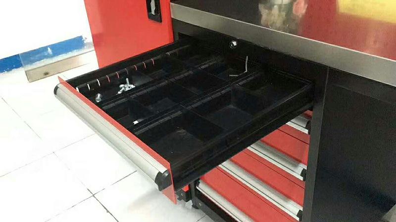移动工具柜