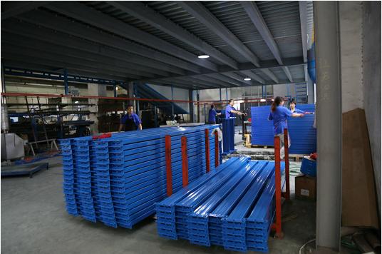 工具柜厂家天金冈,秉承绿色环保理念,打造绿色工厂