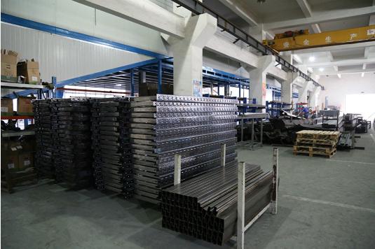 工具柜厂家天金冈旗下工具柜采用国标Q235钢材