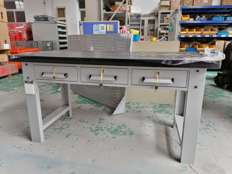 模具桌尺寸