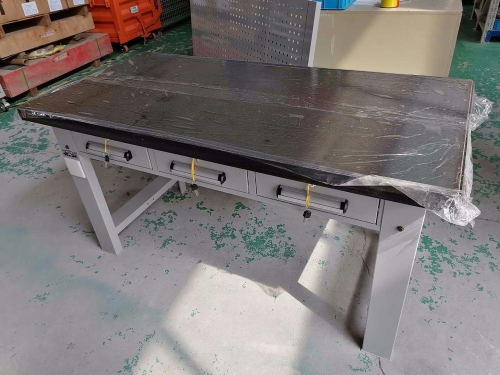 钢板钳工桌