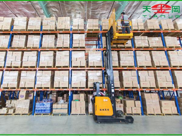 昆山天金冈货架厂家为您介绍获得仓库货架设计方案必不可少的几个步骤