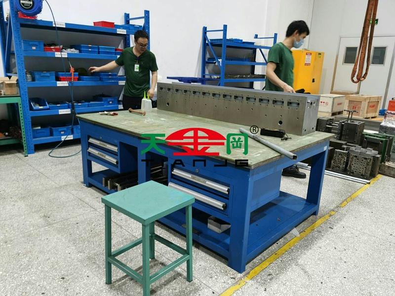 移动模具钳工工作台批发厂家