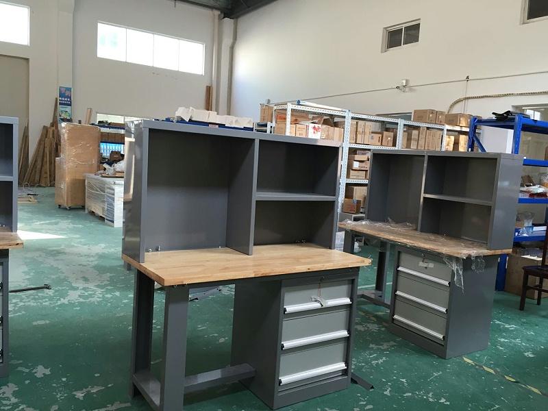 工厂钳工桌